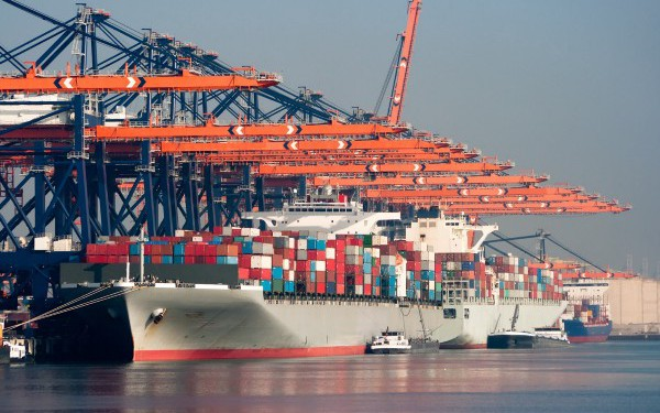Docker Swarm, Kubernetes's Clever Little Brother