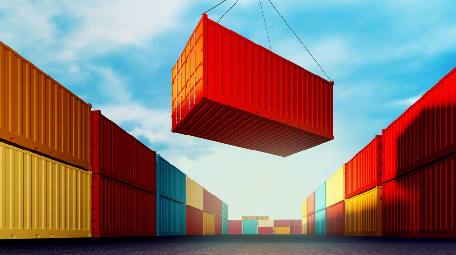 Security Considerations when Selecting Containers for Windows